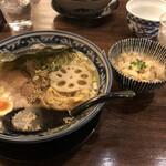 和風楽麺 四代目 ひのでや - ひのでやラーメンミニ帆立ご飯セット、1070円。