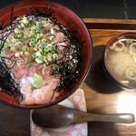 魚料理みうら - 料理写真:ねぎとろ丼