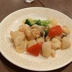 150752137 - 海鮮三種のXO醤炒め