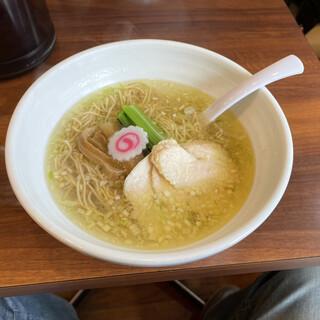 麺処若武者 - 料理写真:塩鶏中華そば ¥750-