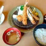 かつグルメ - 料理写真:味わいミックス定食