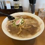 盛来軒 - 料理写真:チャーシューメン(¥940)+特盛(¥220)