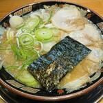 関西 風来軒 - とんこつしょうゆWスープラーメン  麺:かため  スープ:こってり  ネギ:多め