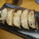 青波 - 塩で食べるギョーザ