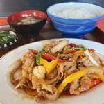 ふじ食堂 - 料理写真:とんバラ定食