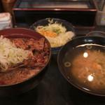 帯広ぶた丼 - 豚バラ丼セット(大)