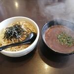 札幌真麺処 幸村 - 料理写真:魚介つけ麺(300g/880円)