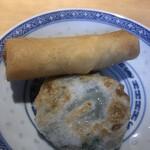 飲茶キッチン FengLong豊龍 - 春巻にニラマンジュウ