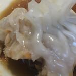 飲茶キッチン FengLong豊龍 - フカヒレ蒸し餃子 ガブり
