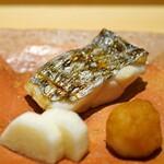 鮨 さいとう - 太刀魚の塩焼き