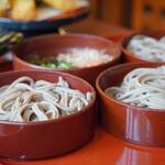 八雲庵 - 割子蕎麦と薬味