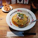 かにチャーハンの店 - 半熟たまごのかに玉チャーハン/唐揚げのセット 中華鶏(2個)