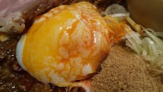 自家製麺 つきよみ - 温玉ラブラブ(笑)