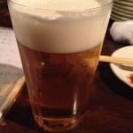 ホルモン酒場 焼酎家「わ」 - 生ビールは薄張りグラス