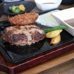 佐賀和牛ハンバーグの店 まるも - 料理写真:ハンバーグ&メンチ
