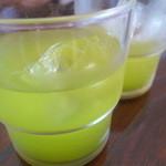 かなめ食堂 - 冷たい緑茶