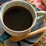 茶釜 セルフカフェ エルモット - コーヒー/紅茶 ホット/アイス、ご用意しています。