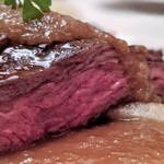 """DINING 六区 - 牛ハラミ肉の""""バベットステーキ"""" エシャロットソース"""