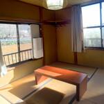 茶釜 セルフカフェ エルモット - 2階にも和室の個室があります。