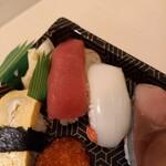 誠寿司 - マグロ/いか