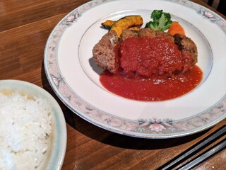 キッチン櫻庭 - チーズメンチカツ トマトソース