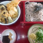 鶴喜そば - 料理写真:ミニミニセット