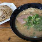 金太郎ラーメン - 「焼めしセット」(680円)※ランチタイム価格 18時以降は780円。