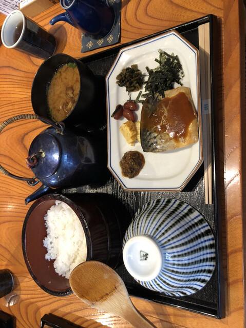 膳 田んぼ おひつ お米はどこまで美味しくなれるのか……代々木「田んぼ」の炊きたてごはんにお米観が変わるほど衝撃を受けた