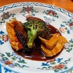 中国料理 仙ノ孫 - ⚫大山鶏胸肉 黒酢ソース またまた黒酢ソースがいいな