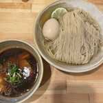 迂直 - ■鰹昆布出汁 味玉醤油つけ麺¥1100