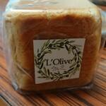 L'Olive - (20210503)クルミパン(テイクアウト)