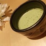 Munni - 新しい抹茶ラテは、ミルクで点てるのでさらにまろやかに♪マロンの香りと三温糖でやさしい甘さ