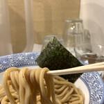 道玄坂 マンモス - 栄養価の高い胚芽麺