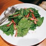 150886870 - ほうれん草とベーコンのサラダ(S 900円)
