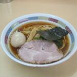 150899001 - 濃口煮干鰮味玉らーめん 1050円