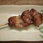 神戸マッスルホルモン - ハートの脂付名物マッスルハート