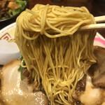 まっち棒 - 低加水ストレート麺