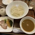 中華そば煮干屋 - 料理写真: