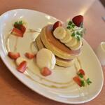 150904810 - 苺&バナナのホットケーキ(920円)2021年5月