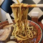 中華そば 華丸 - 低加水系の丸太麺