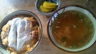 舘の丸食堂 - かつ丼/味噌汁