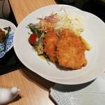 魚留 - ヒラメフライ 1000円