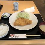 150924086 - とんかつ(ロース)定食
