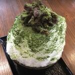 (有)まるか村松商店 - 料理写真:お茶屋が厳選した抹茶と自家製あんこ