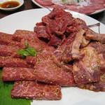 やきやき亭 - 牛肉盛り合わせ