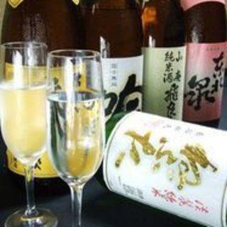 【日本酒】全国から厳選したこだわりの日本酒の数々。