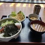 150932169 - 海鮮ユッケ丼(ランチ)