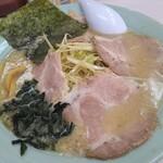 つばき食堂 - ネギチャーシュー麺(脂多め)