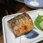 博多鉄なべ餃子なかよし - 塩サバ