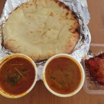 a-bantaruka - Dセットでチキンカリーとキーマカリーでナンをチーズナンに変更